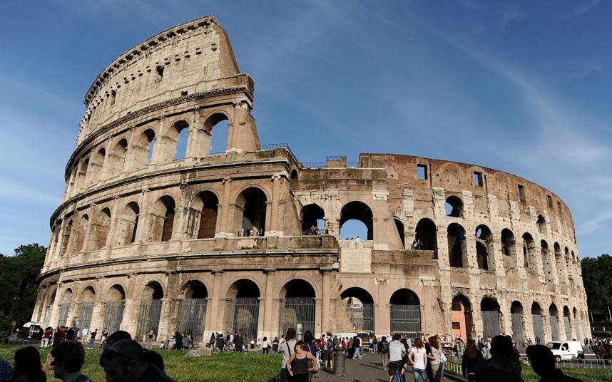 Top Colosseum Photo