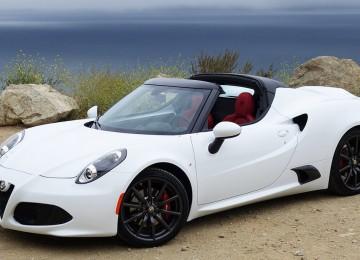 White Alfa Romeo 4C