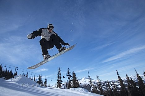 Amazing Snowboarding