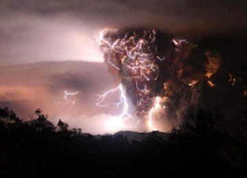 Free Volcano Lightning