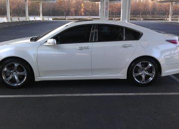White Acura TL