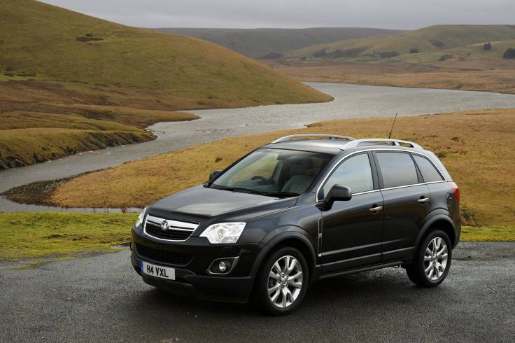 Black Vauxhall Antara