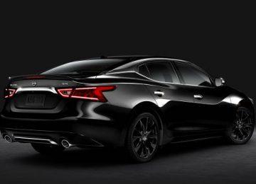 Black Nissan Maxima 2017