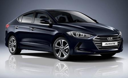 Black Hyundai Elantra