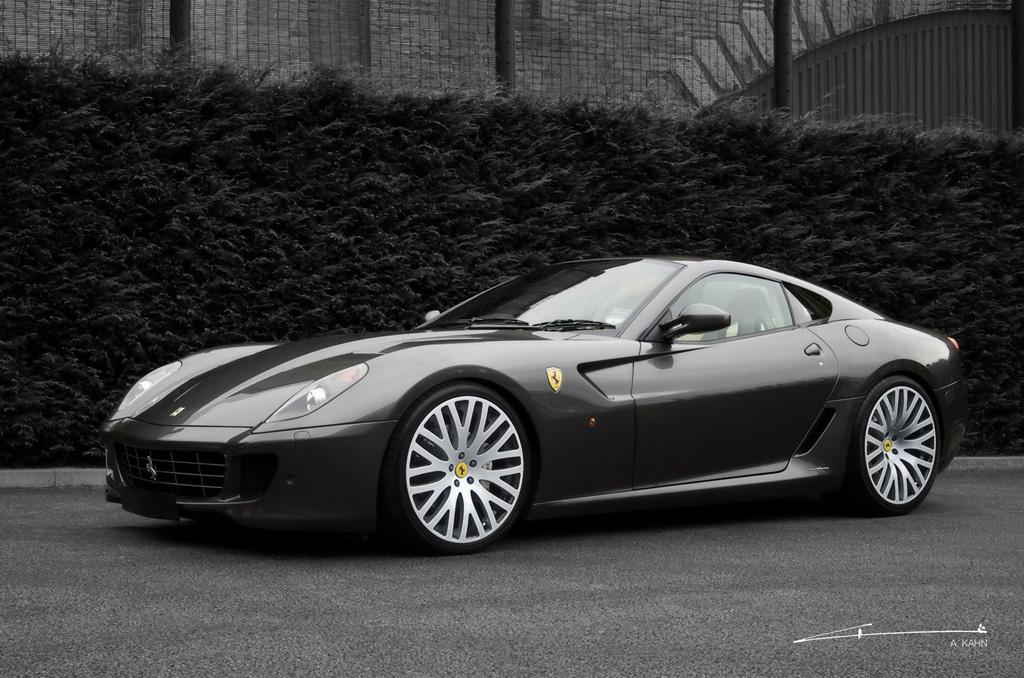 2009 Black Ferrari
