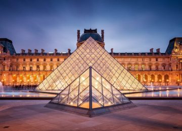 Stunning Louvre Museum