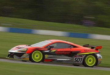 2017 McLaren GT
