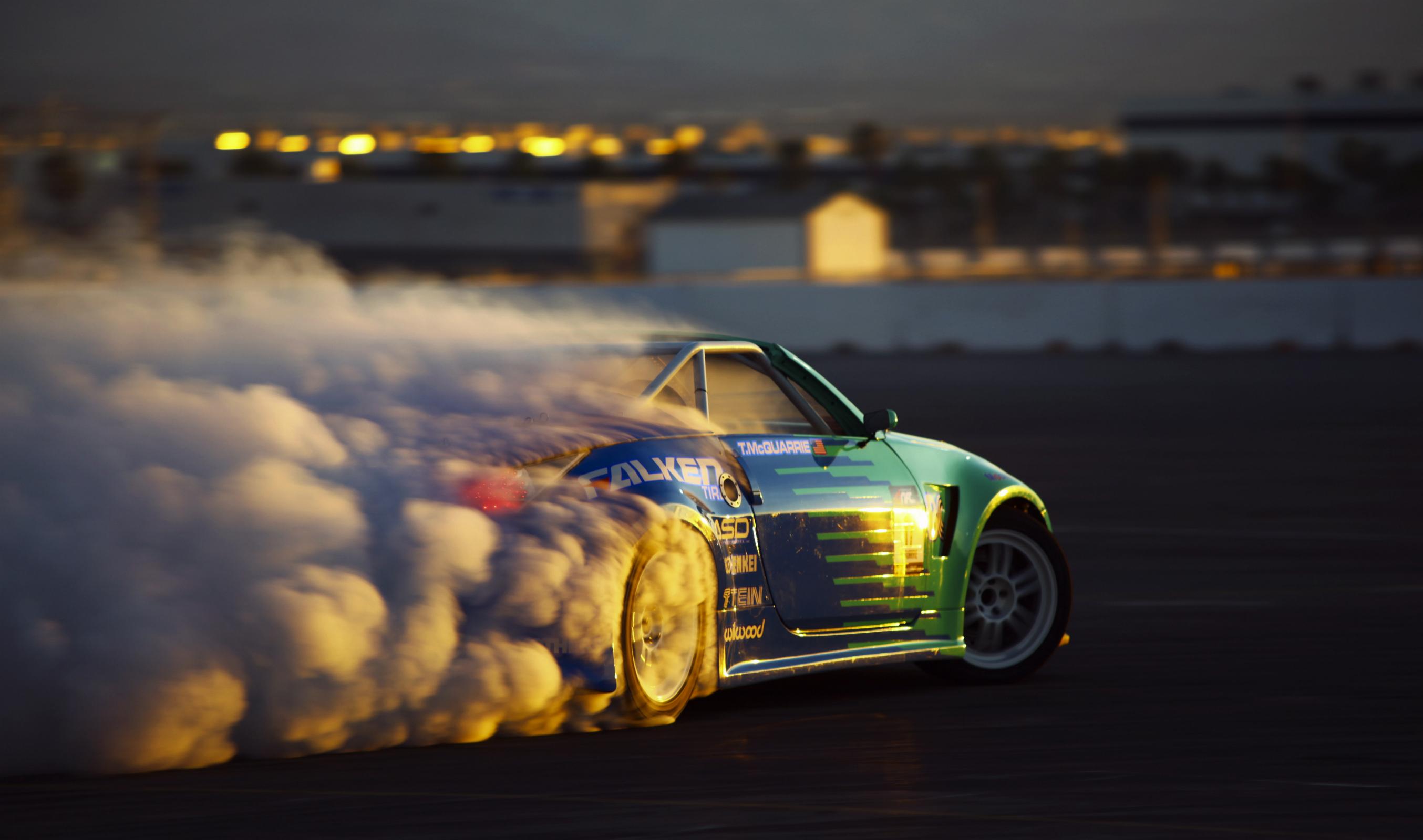 HD Racing Wallpaper