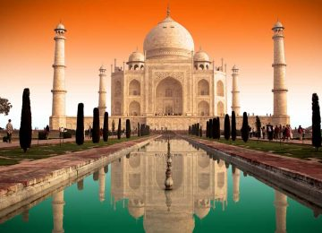 Natural Taj Mahal Image