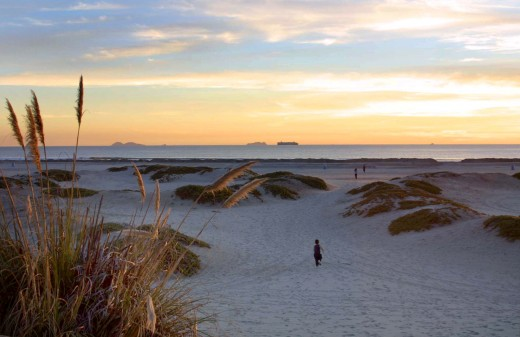 HD Beach Dusk