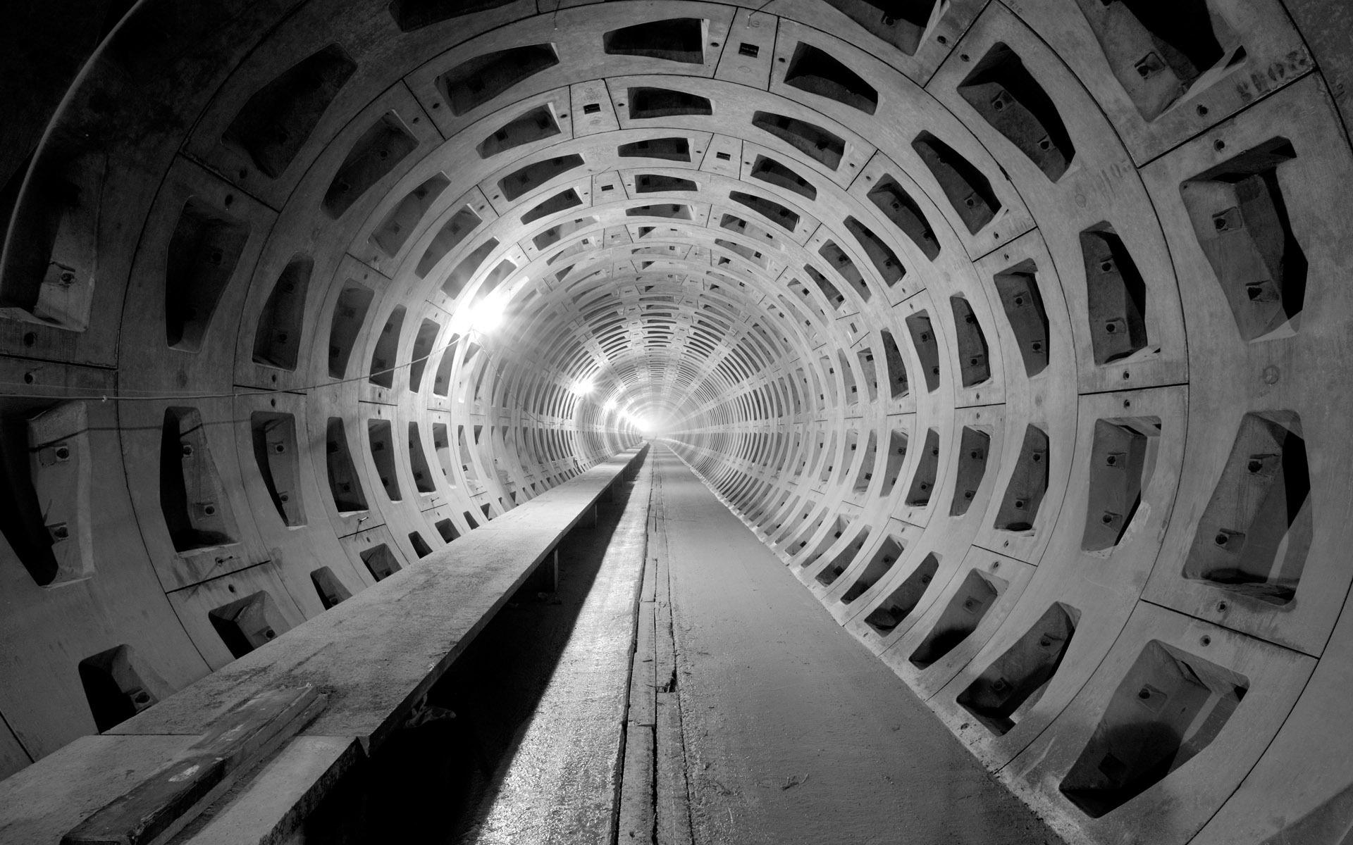HD Tunnel Wallpaper