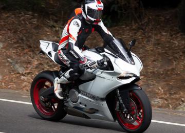 Heavy Bike Ducati Corse