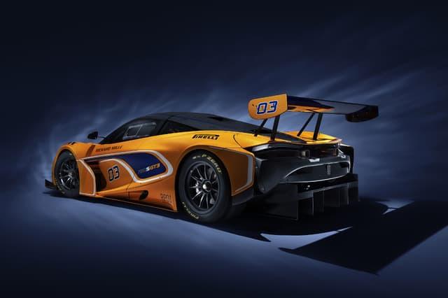 HD McLaren 720S GT3