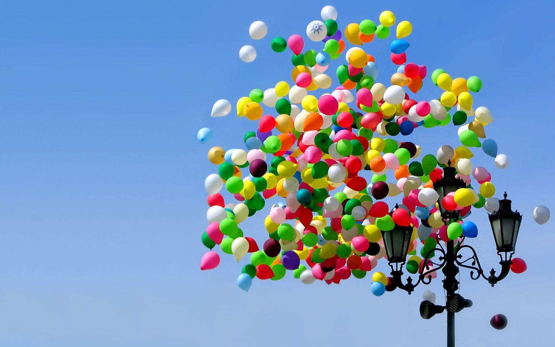 Beautiful Balloons Wallpaper