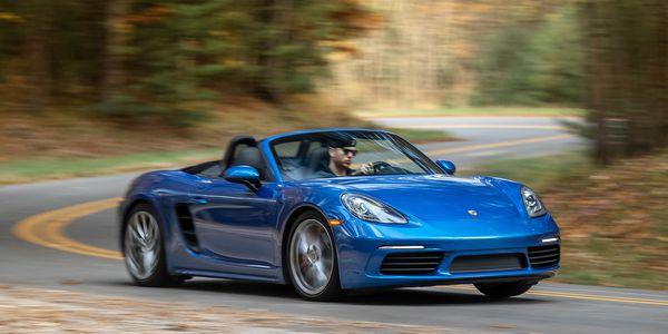 Blue Porsche Cayenne Turbo