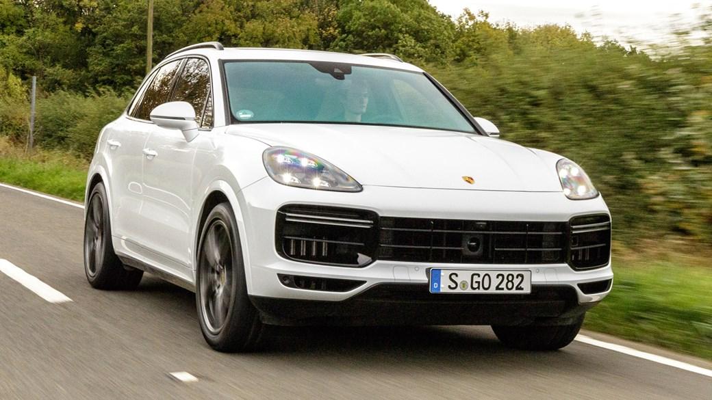White Porsche Cayenne Turbo