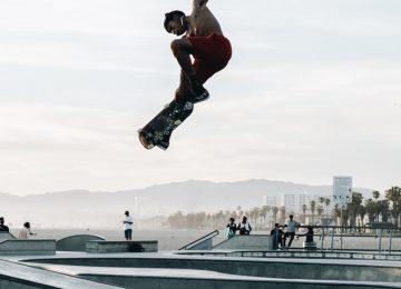 Super Skateboarding