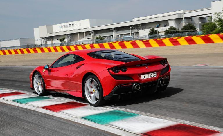 Awesome Ferrari F8 Tributo