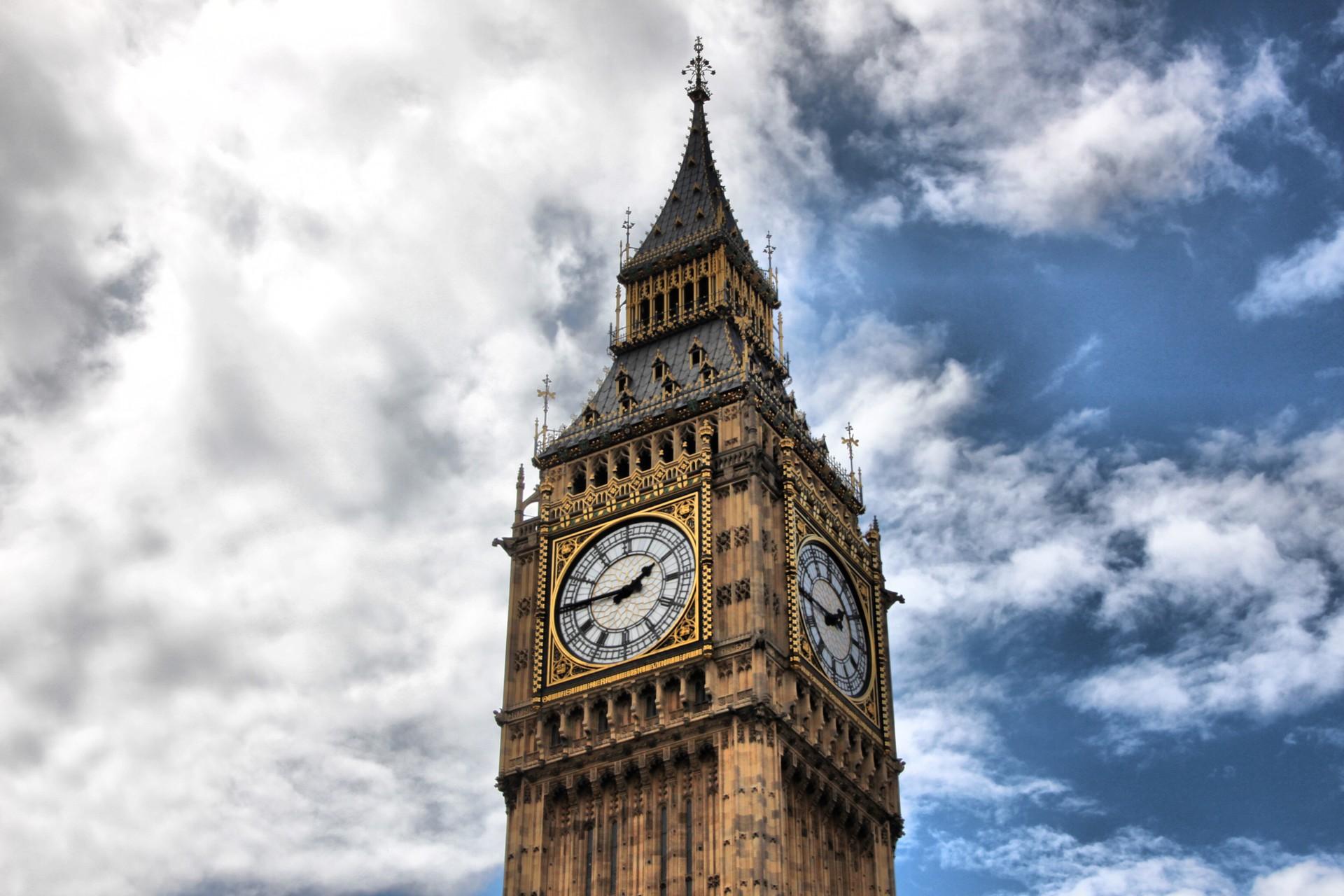Widescreen Big Ben Image